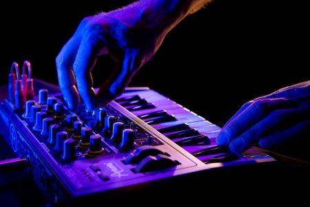 MIDI CONTROLLER DAW